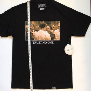 street dreams Shirts - Street Dreams Trust No One Large NWT The Godfather